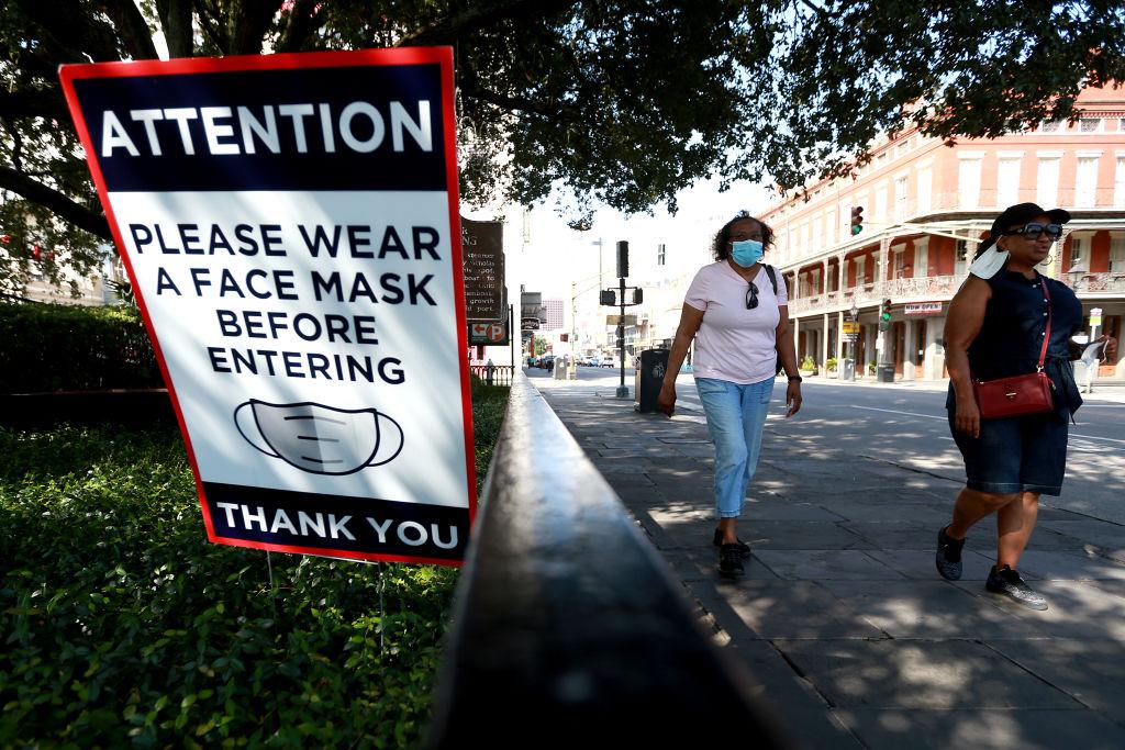 Governor reinstates face mask mandate