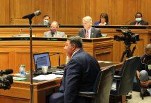 Voting machine bill passes Senate committee