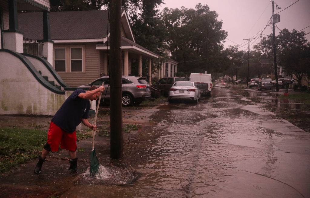 Hurricane Zeta tears through New Orleans area toppling trees and power lines