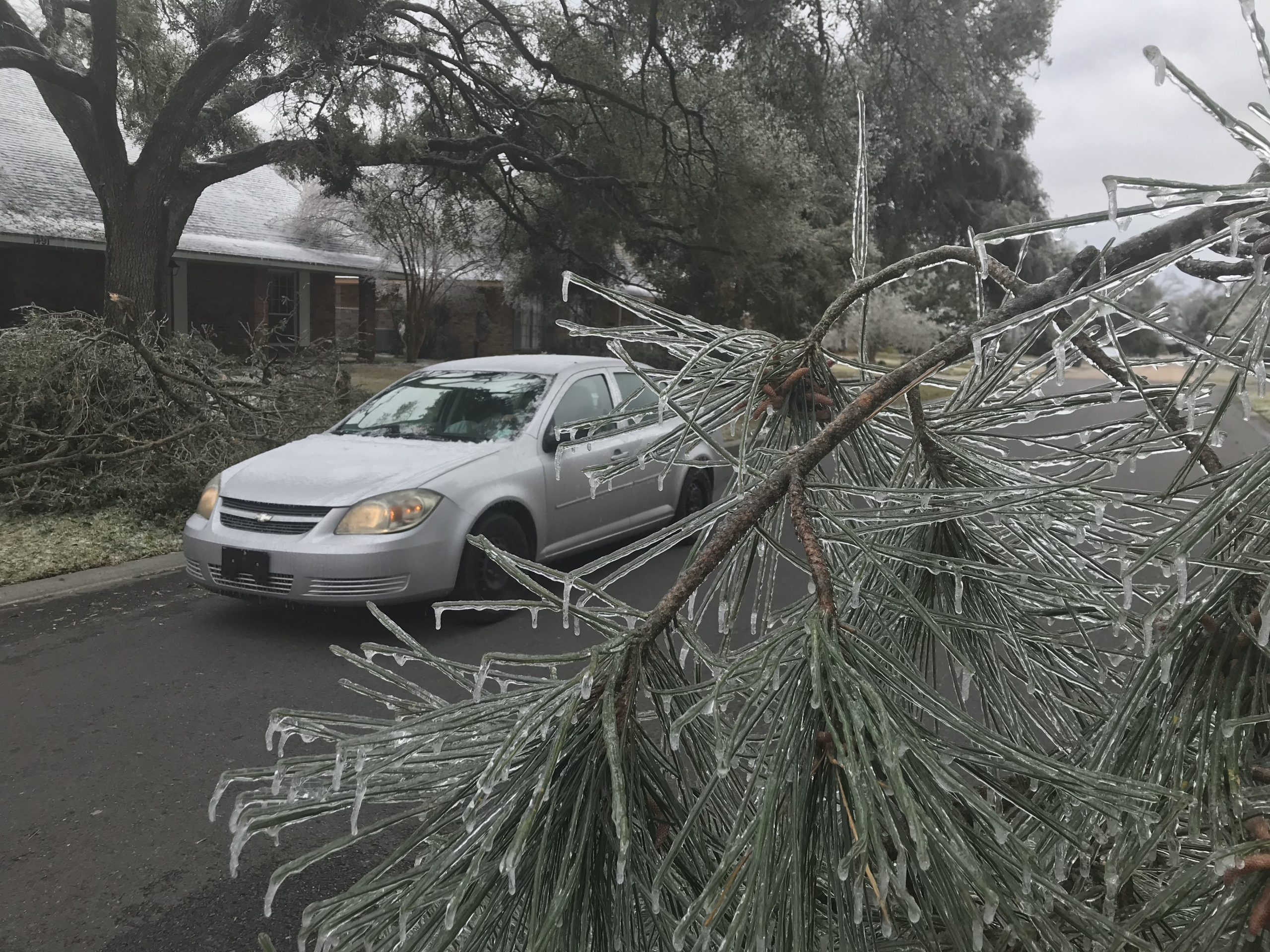 Winter storm leaves Louisiana with 1 million under boil-water notice and 125k without power