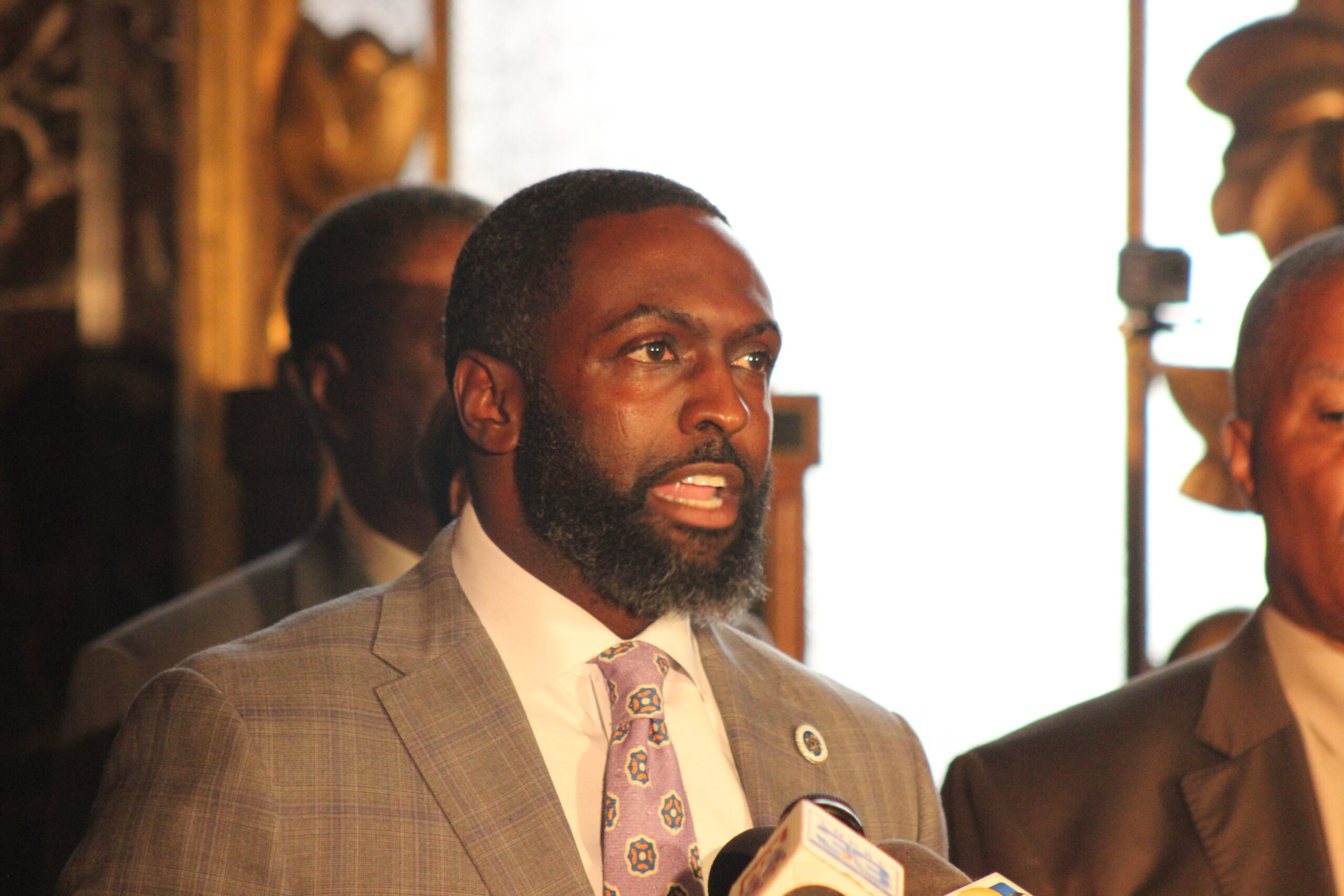 Black Caucus asks feds to launch full-scale investigation of Louisiana State Police