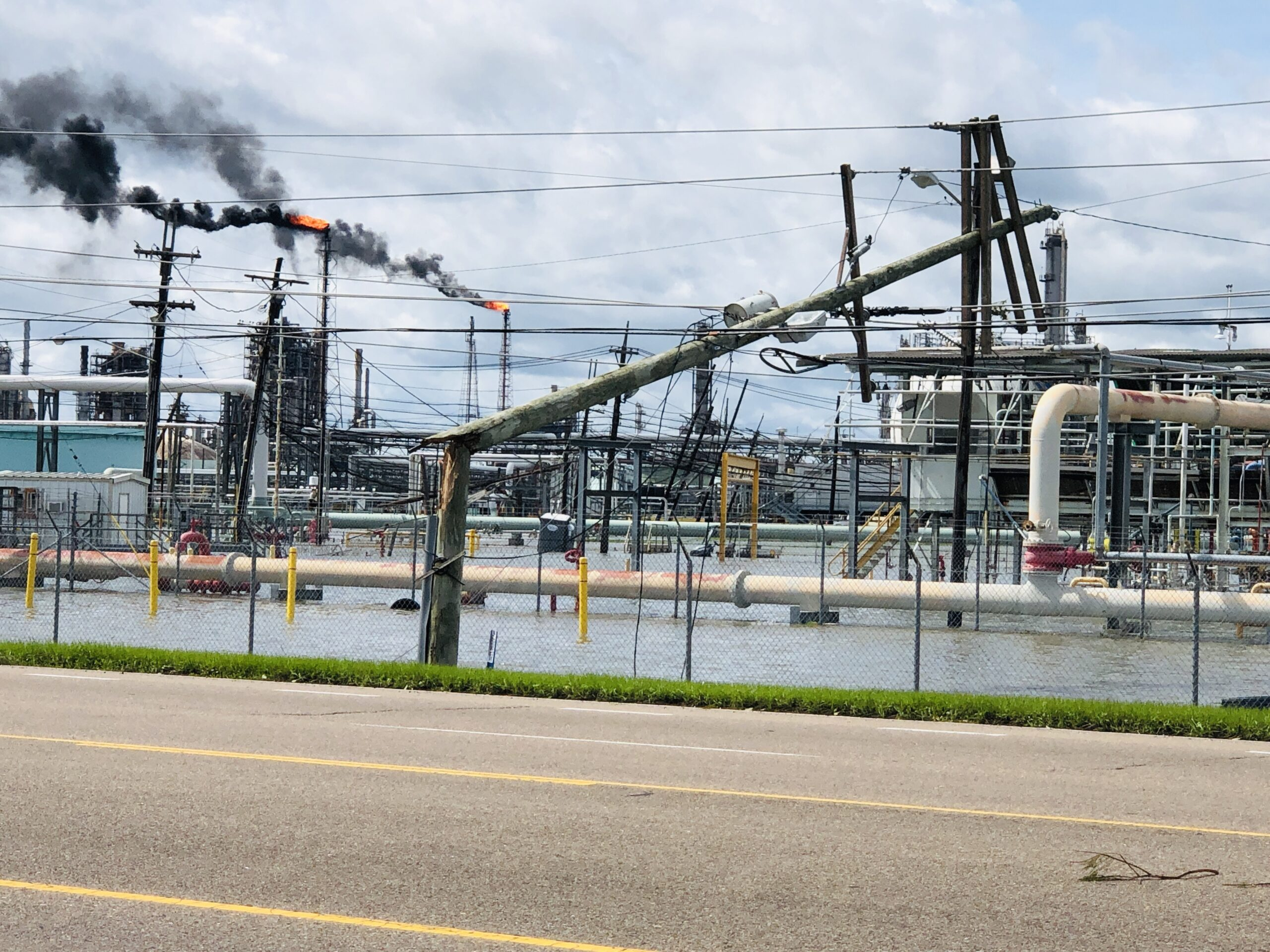 Fuel shortage among priorities in Louisiana's hurricane recovery